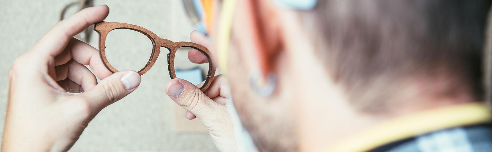 Realizzazione di occhiali al momento